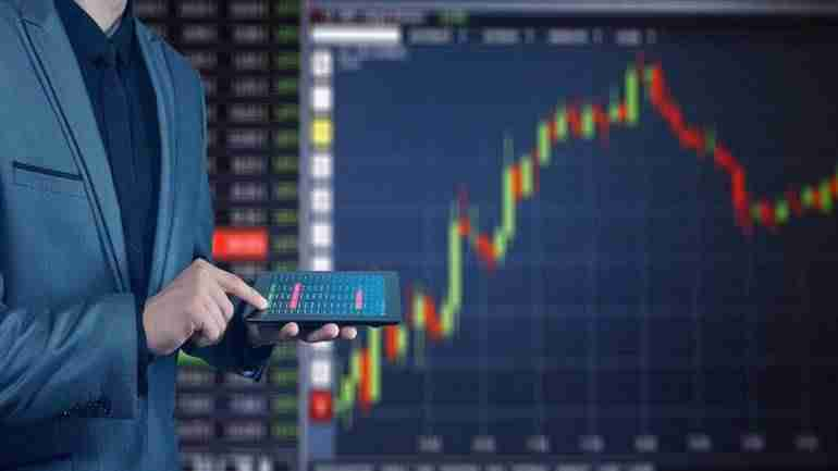 Small & Midcaps underperform: Only 34 stocks in BSE 500 rose 10-40% this week – Moneycontrol.com